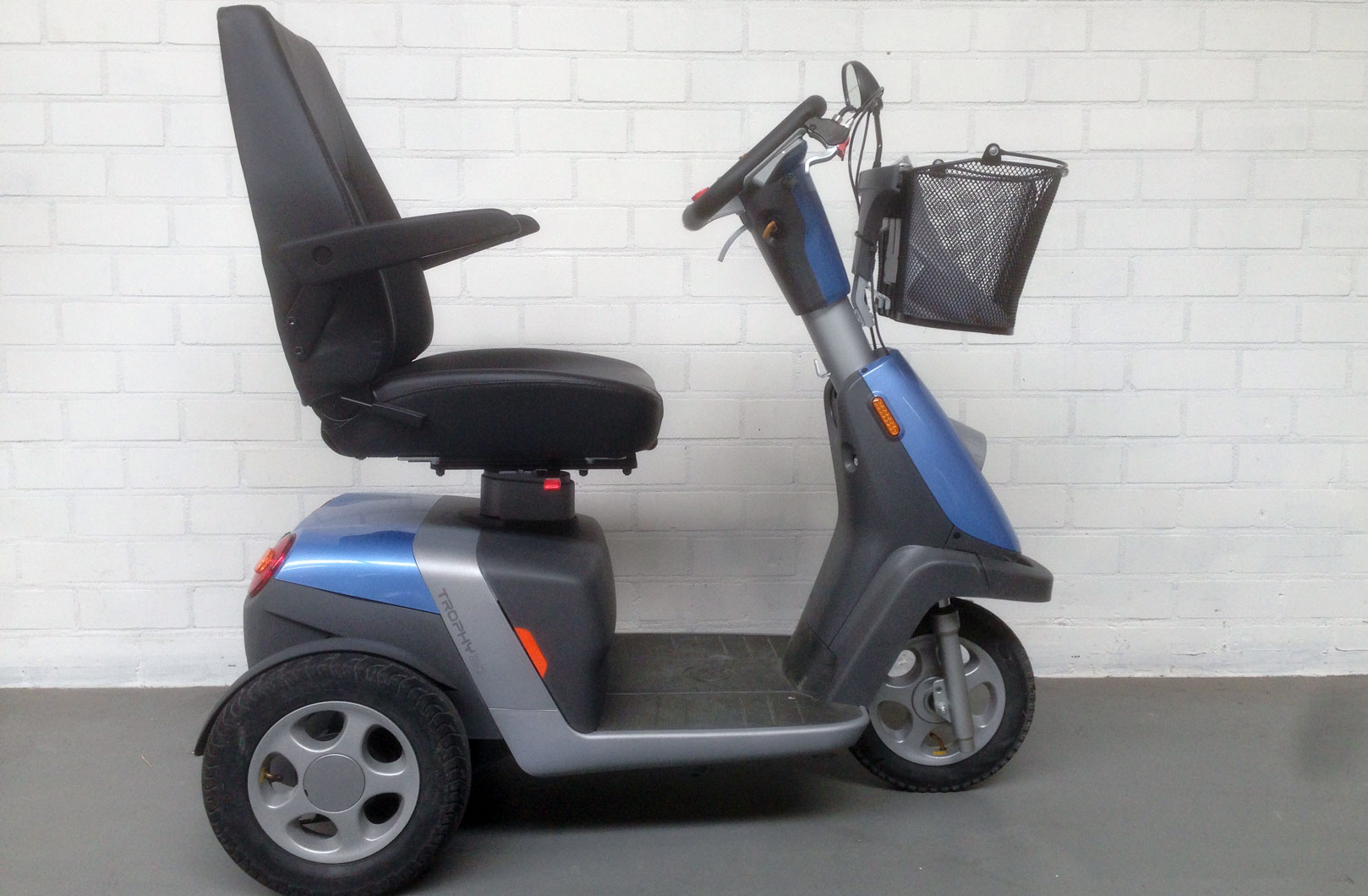 Scootmobiel Handicare Trophy moonstone blue