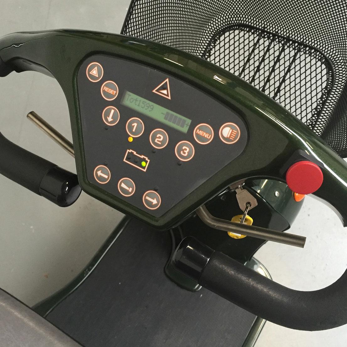 Revatak-T70-scootmobie